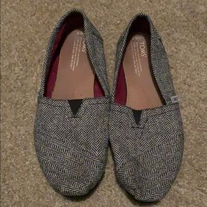 TOMS Women's herringbone shoes size 9.5